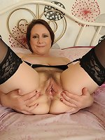Hairy lingerie mom starts acting nasty in raw solo